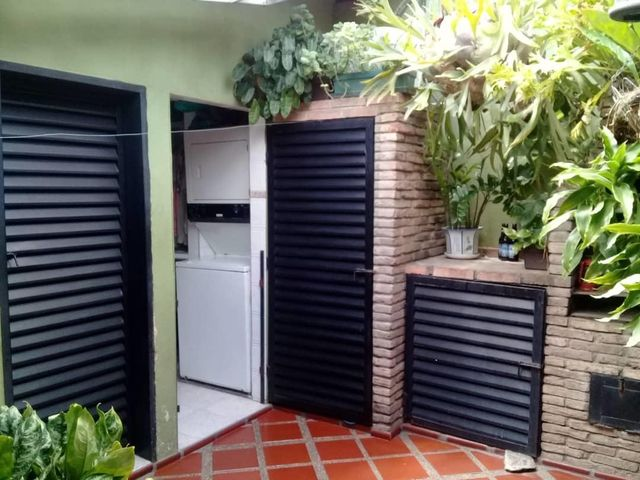 Casa Lara>Cabudare>Parroquia Jose Gregorio - Venta:31.000 Precio Referencial - codigo: 19-16262