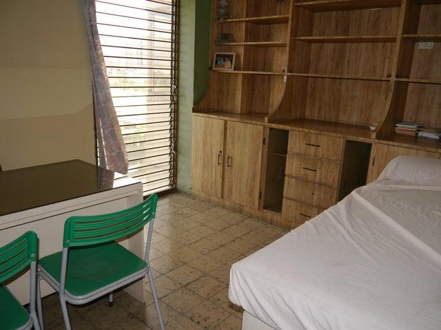 Consultorio Medico  Lara>Barquisimeto>Parroquia Concepcion - Venta:35.000 Precio Referencial - codigo: 19-16273