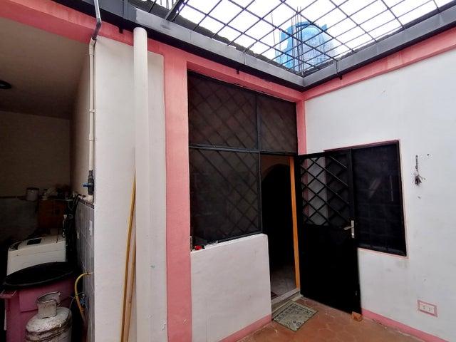 Casa Lara>Cabudare>La Puerta - Venta:10.500 Precio Referencial - codigo: 19-16290
