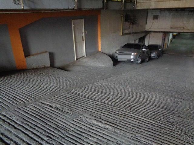 Galpon - Deposito Distrito Metropolitano>Caracas>Chacao - Venta:74.900 Precio Referencial - codigo: 19-16294