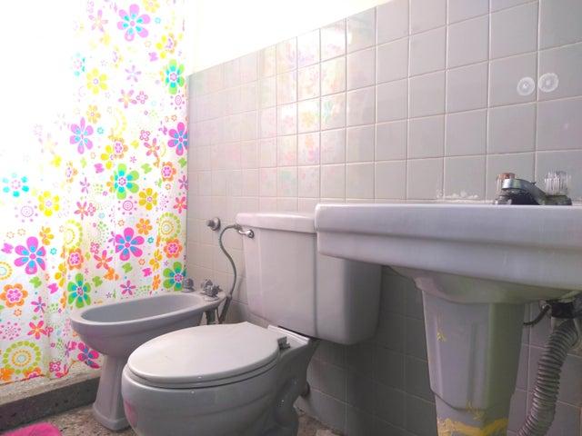 Apartamento Lara>Barquisimeto>Parroquia Concepcion - Venta:19.000 Precio Referencial - codigo: 19-16305