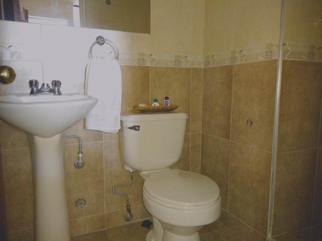 Apartamento Lara>Barquisimeto>Club Hipico Las Trinitarias - Venta:65.000 Precio Referencial - codigo: 19-16314