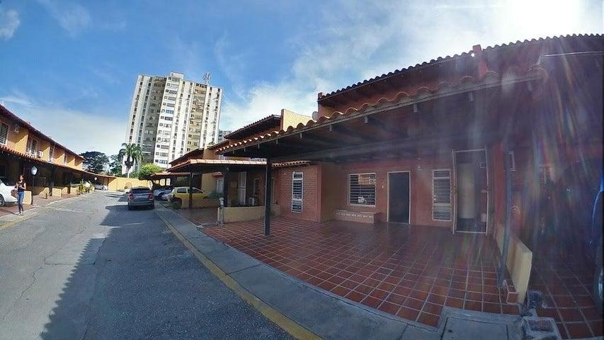 Casa Lara>Barquisimeto>Club Hipico Las Trinitarias - Venta:70.000 Precio Referencial - codigo: 19-16636