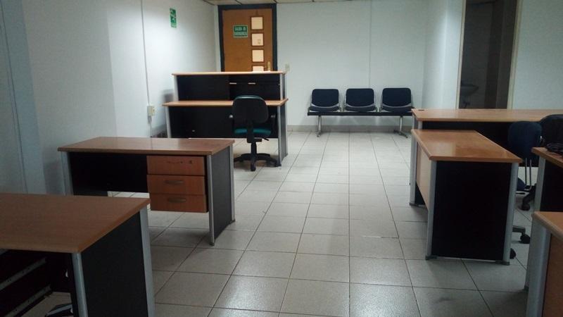 Oficina Carabobo>Valencia>Kerdell - Alquiler:300 Precio Referencial - codigo: 19-16695