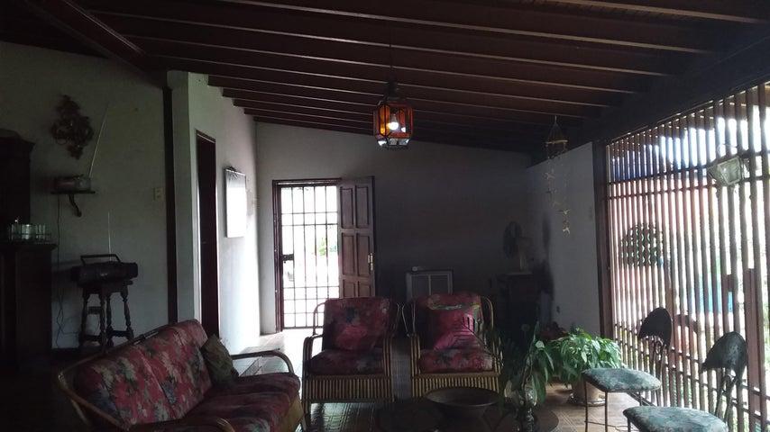 Casa Aragua>Maracay>El Castaño - Venta:65.000 Precio Referencial - codigo: 19-16719