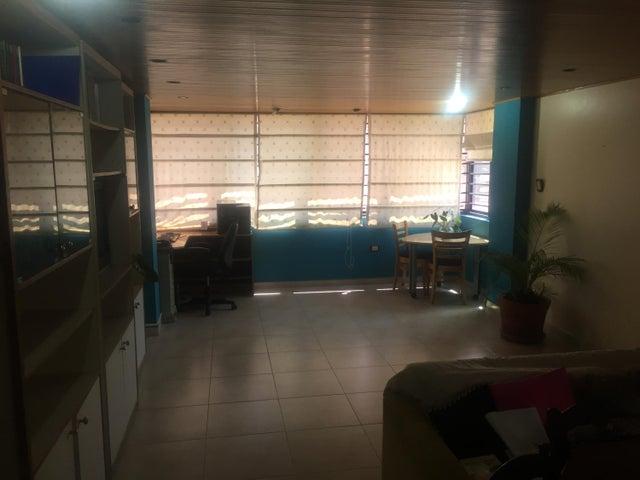 Apartamento Anzoategui>Lecheria>Casco Central - Venta:45.000 Precio Referencial - codigo: 19-16806