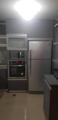 Apartamento Miranda>Guatire>La Sabana - Venta:16.000 Precio Referencial - codigo: 19-16825