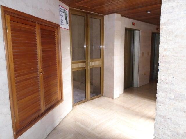 Apartamento Distrito Metropolitano>Caracas>Montalban II - Venta:48.000 Precio Referencial - codigo: 19-16963