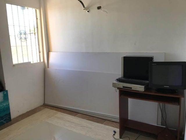 Apartamento Bolivar>Ciudad Bolivar>Agua Salada - Venta:6.500 Precio Referencial - codigo: 19-16959