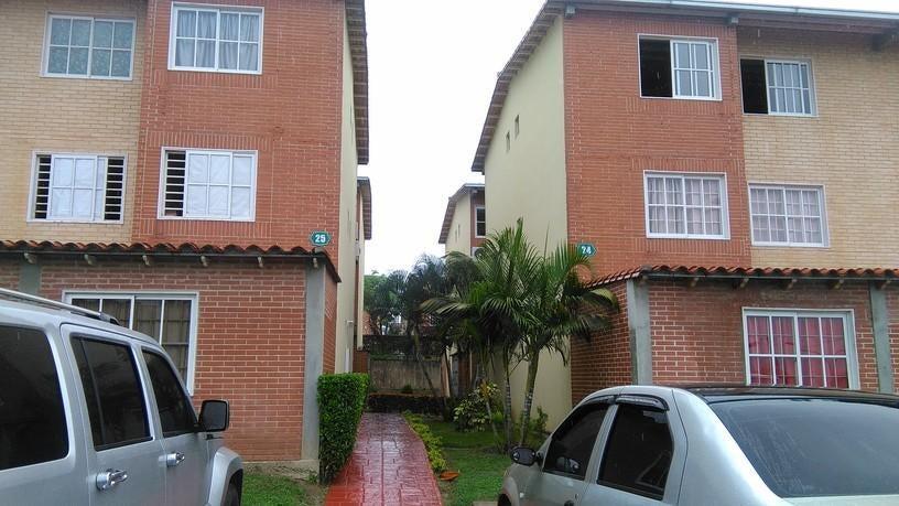 Apartamento Miranda>Guatire>Alto Grande - Venta:18.500 Precio Referencial - codigo: 19-16958