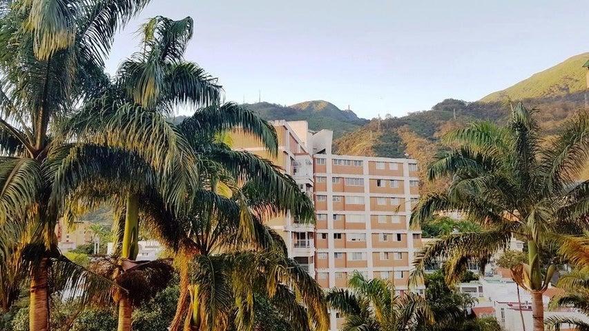 Apartamento Distrito Metropolitano>Caracas>Alta Florida - Venta:75.000 Precio Referencial - codigo: 19-17015