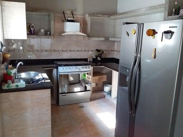 Casa Aragua>Turmero>Parque Residencial Araguaney II - Venta:21.000 Precio Referencial - codigo: 19-17050