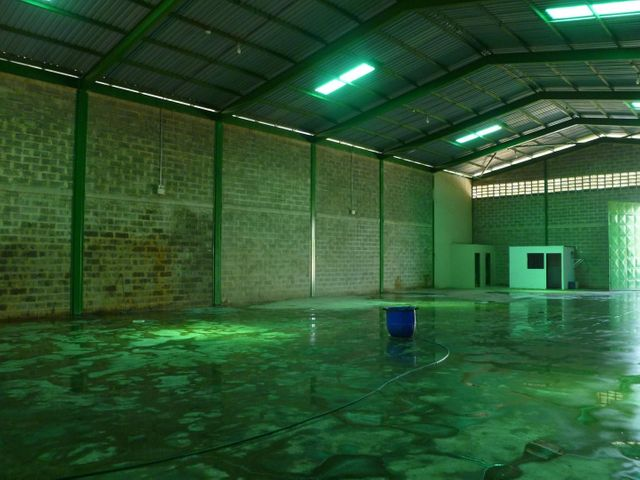 Galpon - Deposito Carabobo>Valencia>Zona Industrial - Alquiler:800 Precio Referencial - codigo: 19-17328