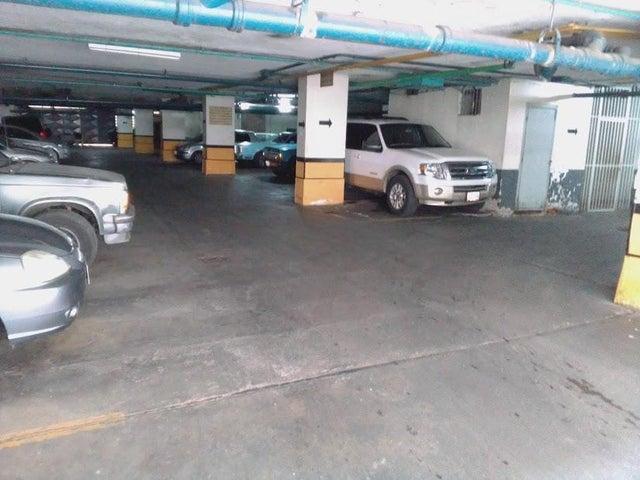 Apartamento Distrito Metropolitano>Caracas>El Bosque - Venta:35.000 Precio Referencial - codigo: 19-17451