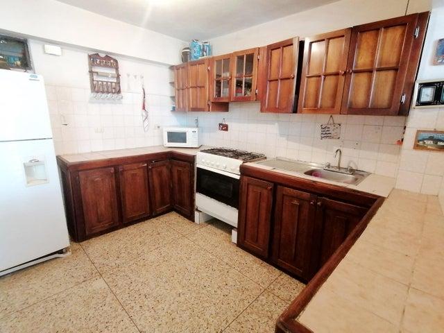 Apartamento Lara>Cabudare>Parroquia Cabudare - Venta:12.000 Precio Referencial - codigo: 19-17532
