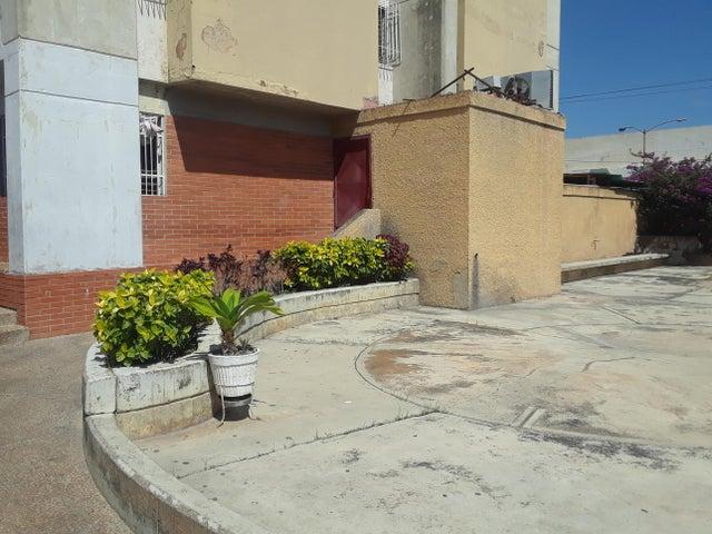 Apartamento Lara>Barquisimeto>Parroquia Concepcion - Venta:13.000 Precio Referencial - codigo: 19-17531