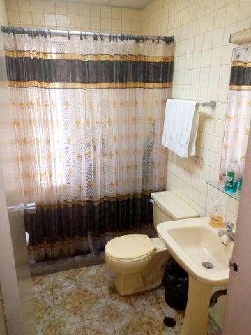 Apartamento Distrito Metropolitano>Caracas>El Recreo - Venta:22.500 Precio Referencial - codigo: 19-17568
