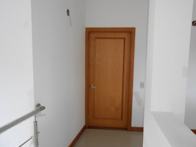 Casa Carabobo>Valencia>Trigal Norte - Venta:350.000 Precio Referencial - codigo: 19-17555