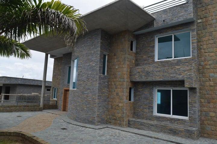 Casa Miranda>San Antonio de los Altos>Parque el Retiro - Venta:1.700.000 Precio Referencial - codigo: 19-17536