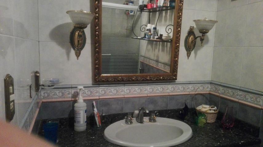 Apartamento Distrito Metropolitano>Caracas>San Bernardino - Venta:100.000 Precio Referencial - codigo: 19-17544