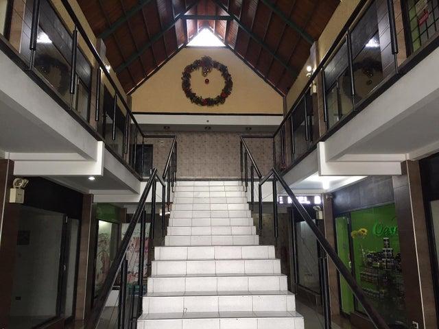 Local Comercial Lara>Barquisimeto>Centro - Alquiler:100 Precio Referencial - codigo: 19-17549
