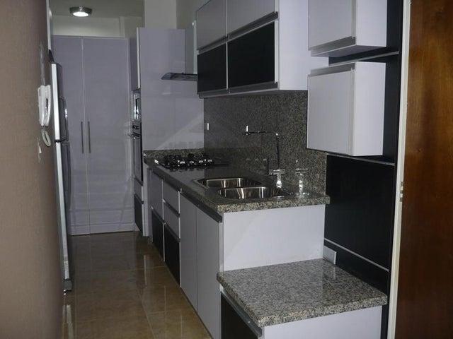 Apartamento Carabobo>Valencia>Las Chimeneas - Venta:39.000 Precio Referencial - codigo: 19-18110