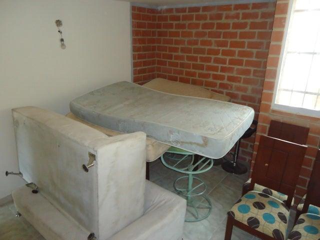 Apartamento Miranda>Guarenas>Camino Real - Venta:12.000 Precio Referencial - codigo: 19-17562