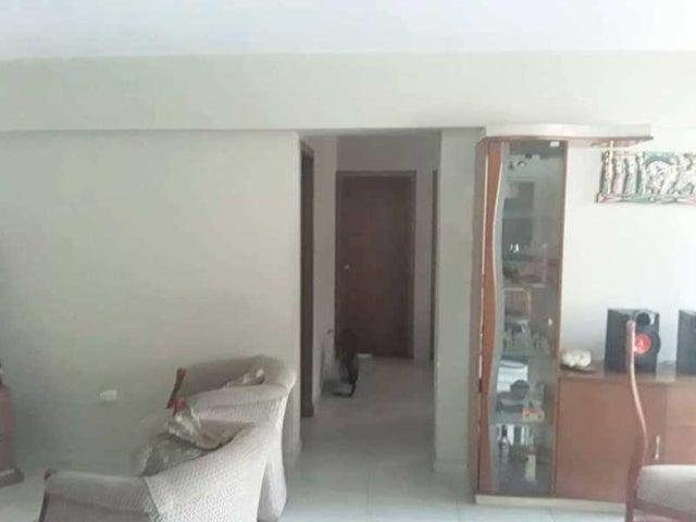 Apartamento Carabobo>Municipio Naguanagua>Mañongo - Venta:33.000 Precio Referencial - codigo: 19-17595