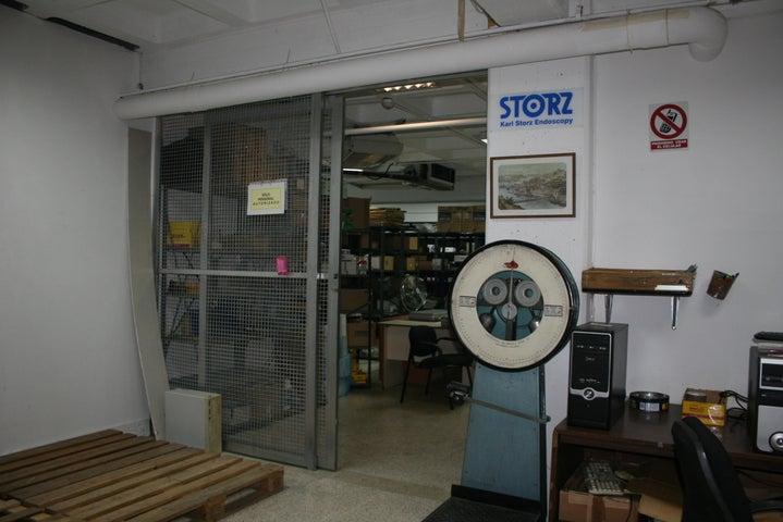 Local Comercial Distrito Metropolitano>Caracas>Piedra Azul - Venta:1.200.000 Precio Referencial - codigo: 19-17609