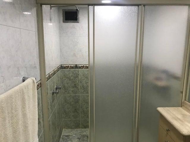 Apartamento Distrito Metropolitano>Caracas>Altamira Sur - Venta:115.000 Precio Referencial - codigo: 19-17592