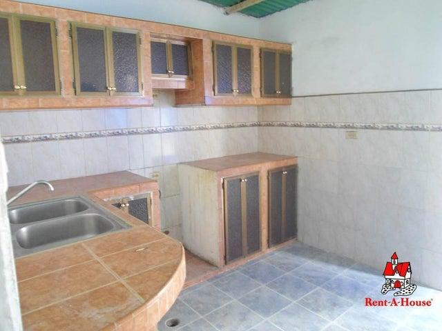 Casa Aragua>Turmero>El Macaro - Venta:6.000 Precio Referencial - codigo: 19-17606