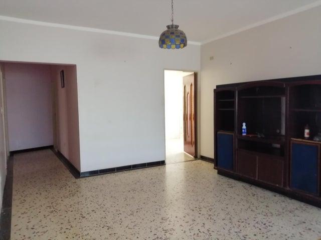 Casa Zulia>Maracaibo>Avenida Milagro Norte - Alquiler:250 Precio Referencial - codigo: 19-17599