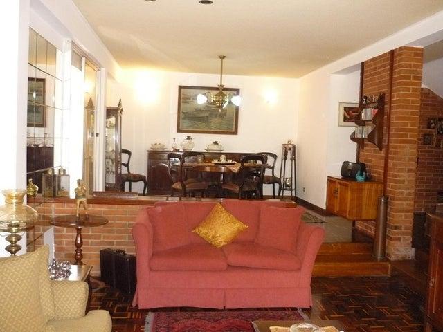 Casa Distrito Metropolitano>Caracas>Los Naranjos del Cafetal - Venta:170.000 Precio Referencial - codigo: 19-17756