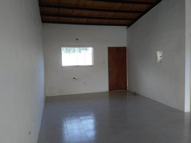 Casa Lara>Sarare>Simon Planas - Venta:10.000 Precio Referencial - codigo: 19-18010