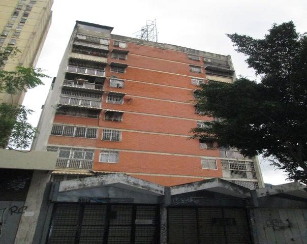 Apartamento Distrito Metropolitano>Caracas>Parroquia La Candelaria - Venta:25.000 Precio Referencial - codigo: 19-17760