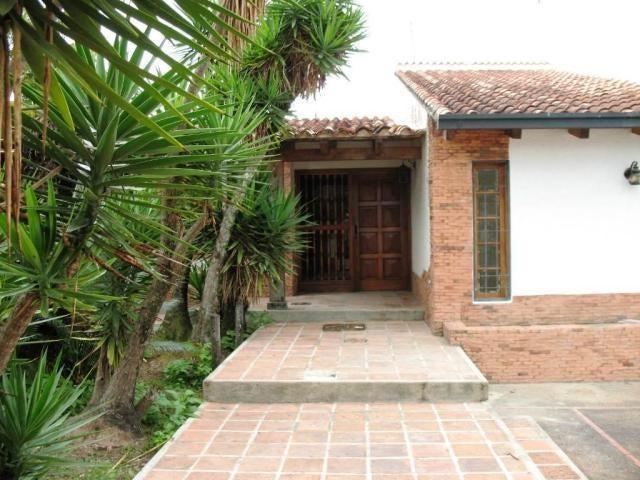 Casa Distrito Metropolitano>Caracas>Lomas de La Lagunita - Venta:320.000 Precio Referencial - codigo: 19-18313
