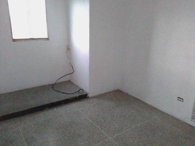 Apartamento Distrito Metropolitano>Caracas>El Conde - Venta:16.800 Precio Referencial - codigo: 19-18363