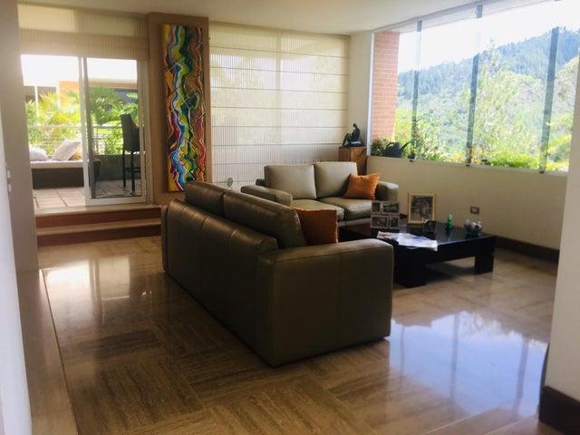 Apartamento Distrito Metropolitano>Caracas>Las Esmeraldas - Venta:235.000 Precio Referencial - codigo: 19-11801