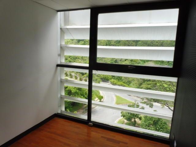 Local Comercial Distrito Metropolitano>Caracas>Los Samanes - Venta:72.000 Precio Referencial - codigo: 19-18625