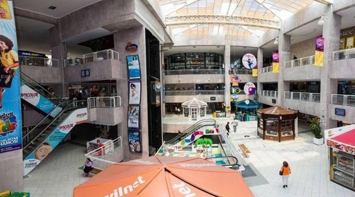 Local Comercial Zulia>Maracaibo>Avenida El Milagro - Alquiler:150 Precio Referencial - codigo: 19-16522