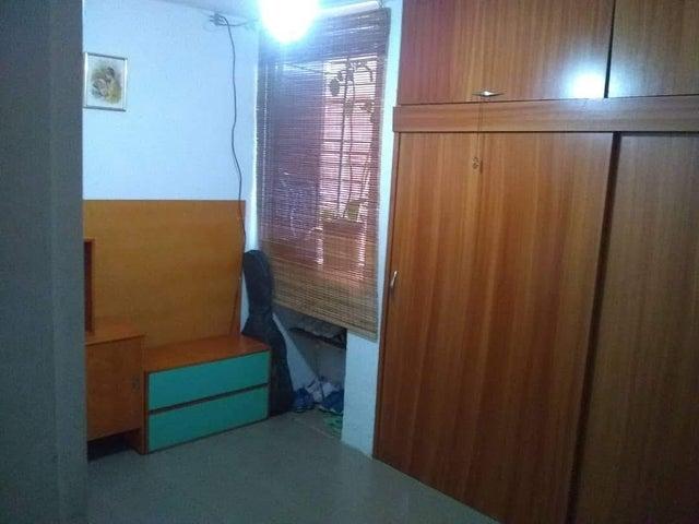 Apartamento Distrito Metropolitano>Caracas>Terrazas de Guaicoco - Venta:20.000 Precio Referencial - codigo: 19-18729