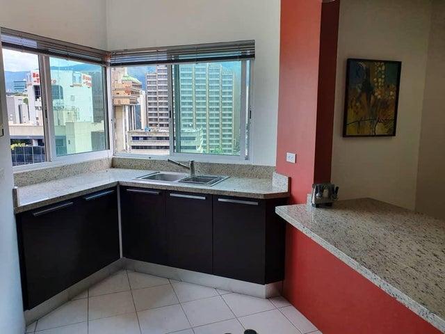 Apartamento Distrito Metropolitano>Caracas>El Rosal - Venta:195.000 Precio Referencial - codigo: 19-18705