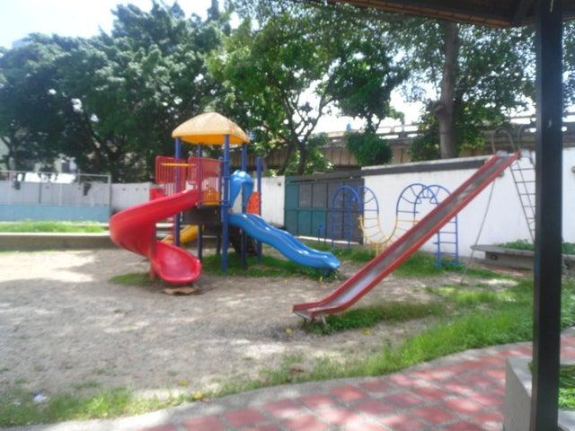 Apartamento Distrito Metropolitano>Caracas>El Paraiso - Venta:40.000 Precio Referencial - codigo: 19-18718