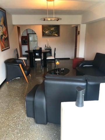 Apartamento Distrito Metropolitano>Caracas>Caricuao - Venta:18.000 Precio Referencial - codigo: 19-18755