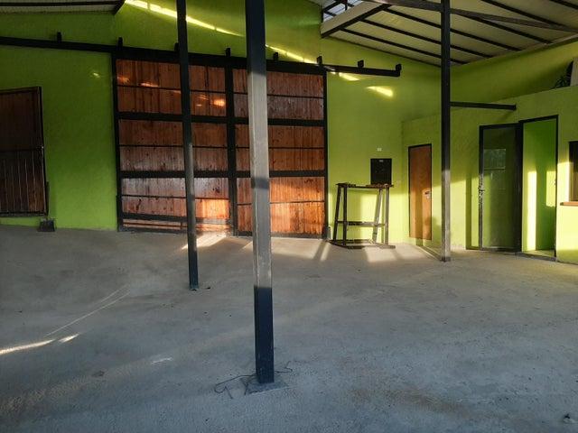 Local Comercial Distrito Metropolitano>Caracas>La Union - Alquiler:400 Precio Referencial - codigo: 19-18852