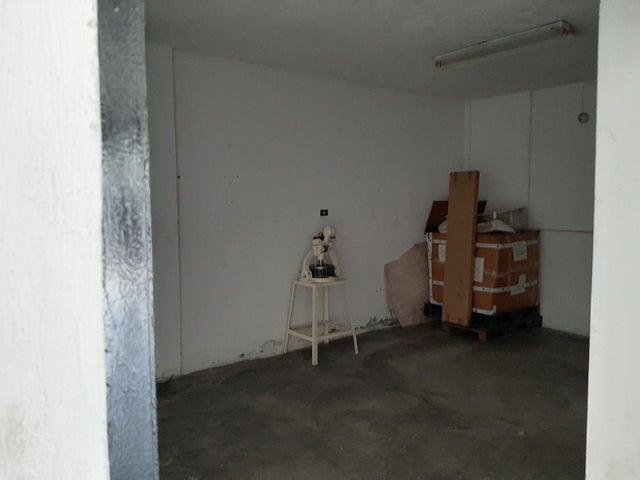 Local Comercial Miranda>Guatire>El Ingenio - Alquiler:550 Precio Referencial - codigo: 19-18955