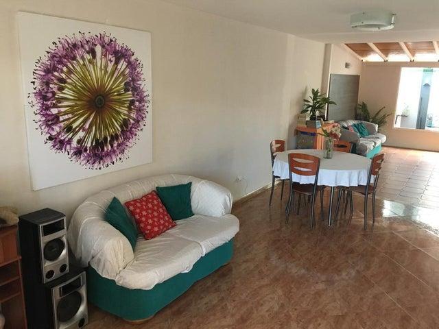 Casa Miranda>Guatire>Terrazas de Buena Ventura - Venta:48.000 Precio Referencial - codigo: 19-13569