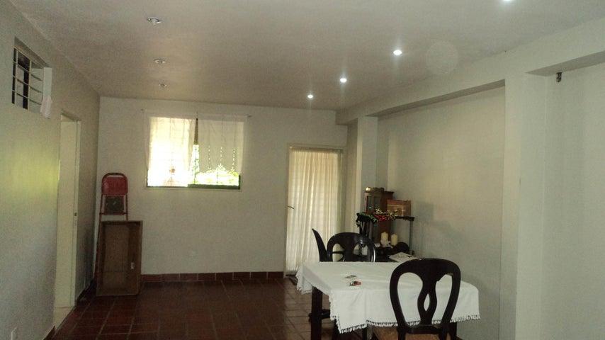 Casa Lara>Cabudare>Parroquia Jose Gregorio - Venta:25.000 Precio Referencial - codigo: 19-19448