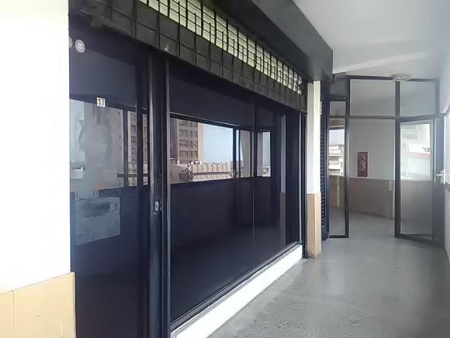 Local Comercial Zulia>Maracaibo>Paraiso - Alquiler:90 Precio Referencial - codigo: 19-13241