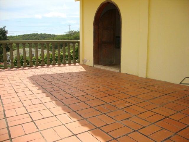 Casa Lara>Barquisimeto>Colinas De Santa Rosa - Venta:90.000 Precio Referencial - codigo: 19-19447